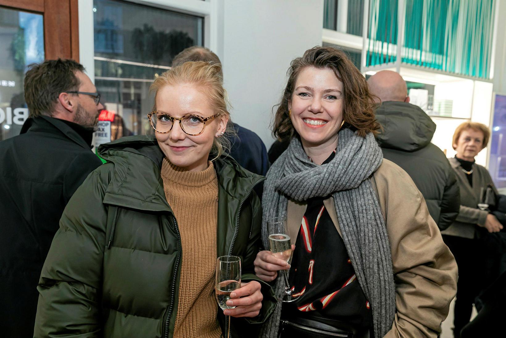 Erna Hreinsdóttir og Eygló Lárusdóttir.