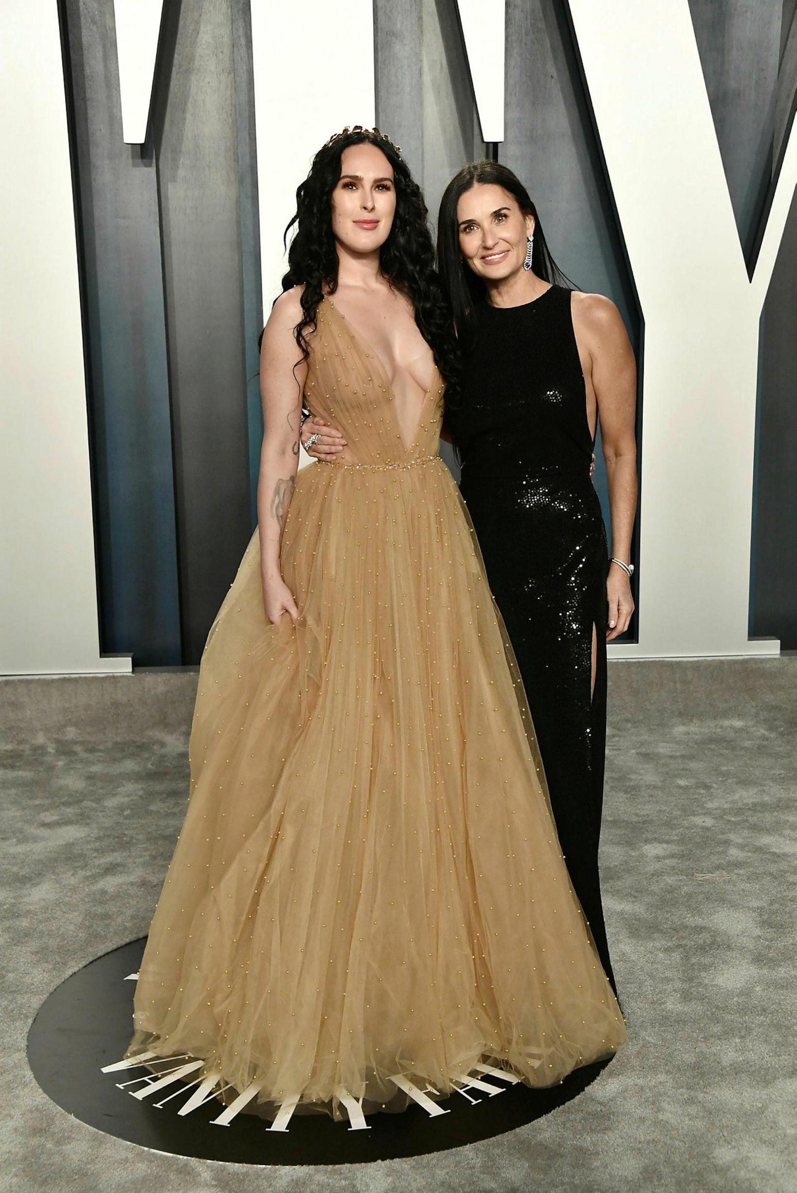 Rumer Willis og Demi Moore í veislu Vanity Fair 10. …