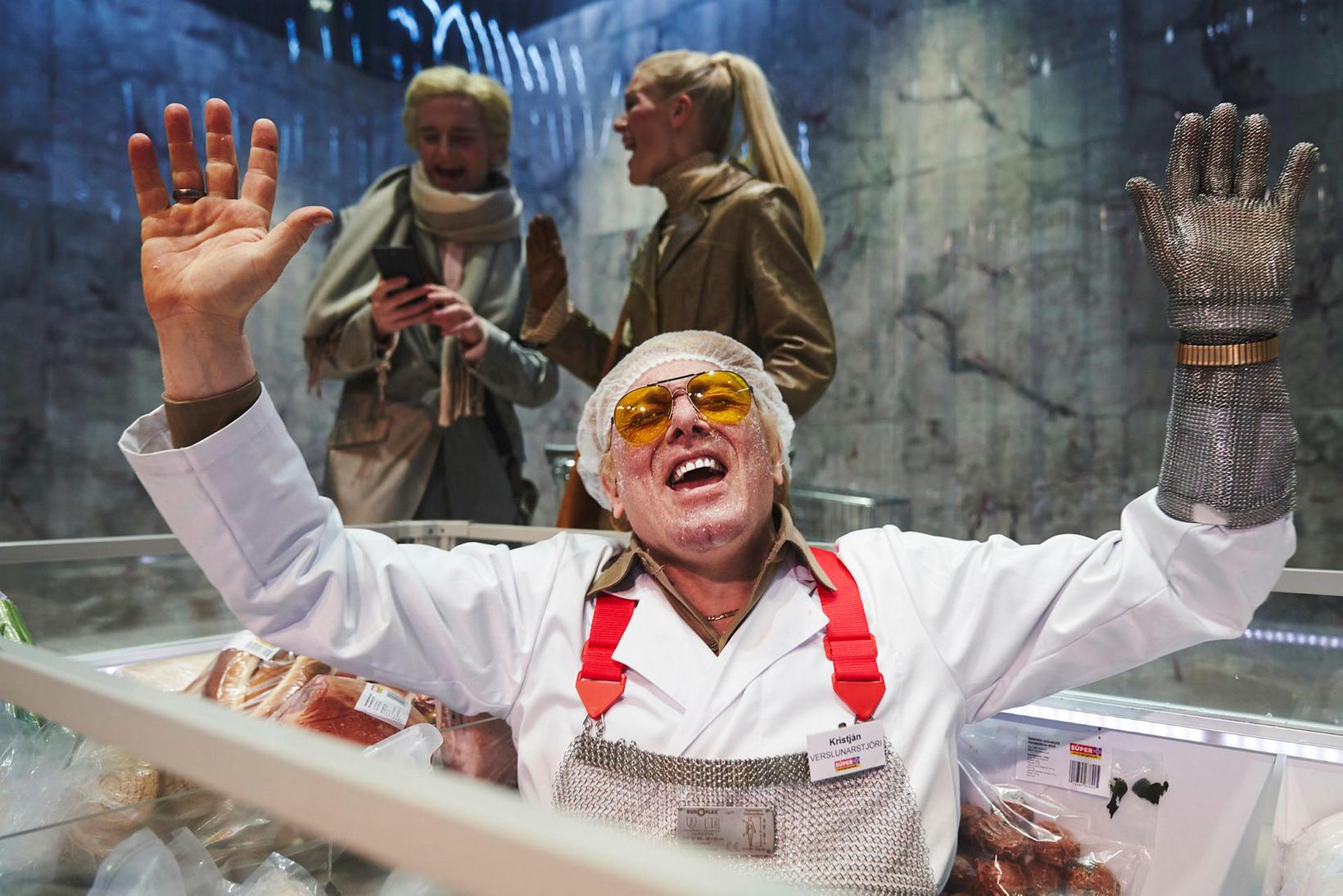 Jón Gnarr hefur mikla reynslu af leiklist. Hér er hann …