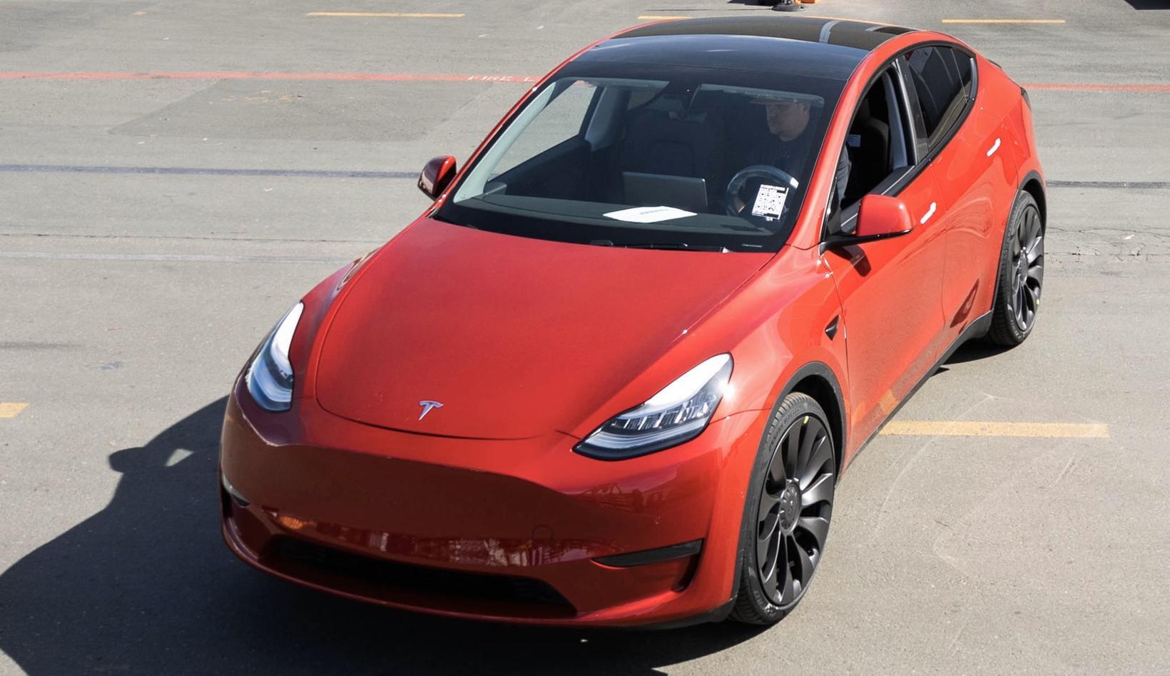 Milljónasta Teslan var hinn nýi Model Y.
