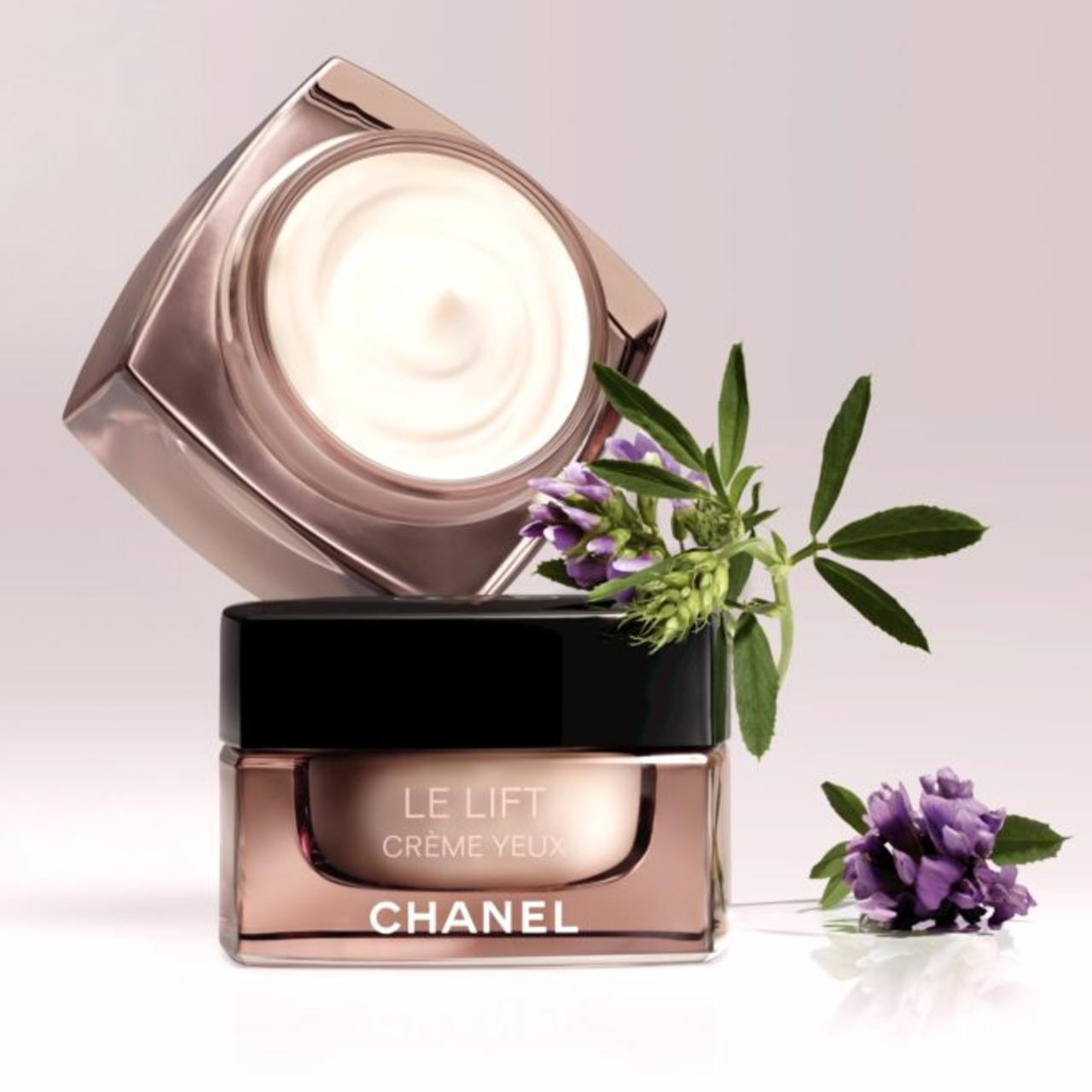 Chanel Le Lift Créme Yeux.