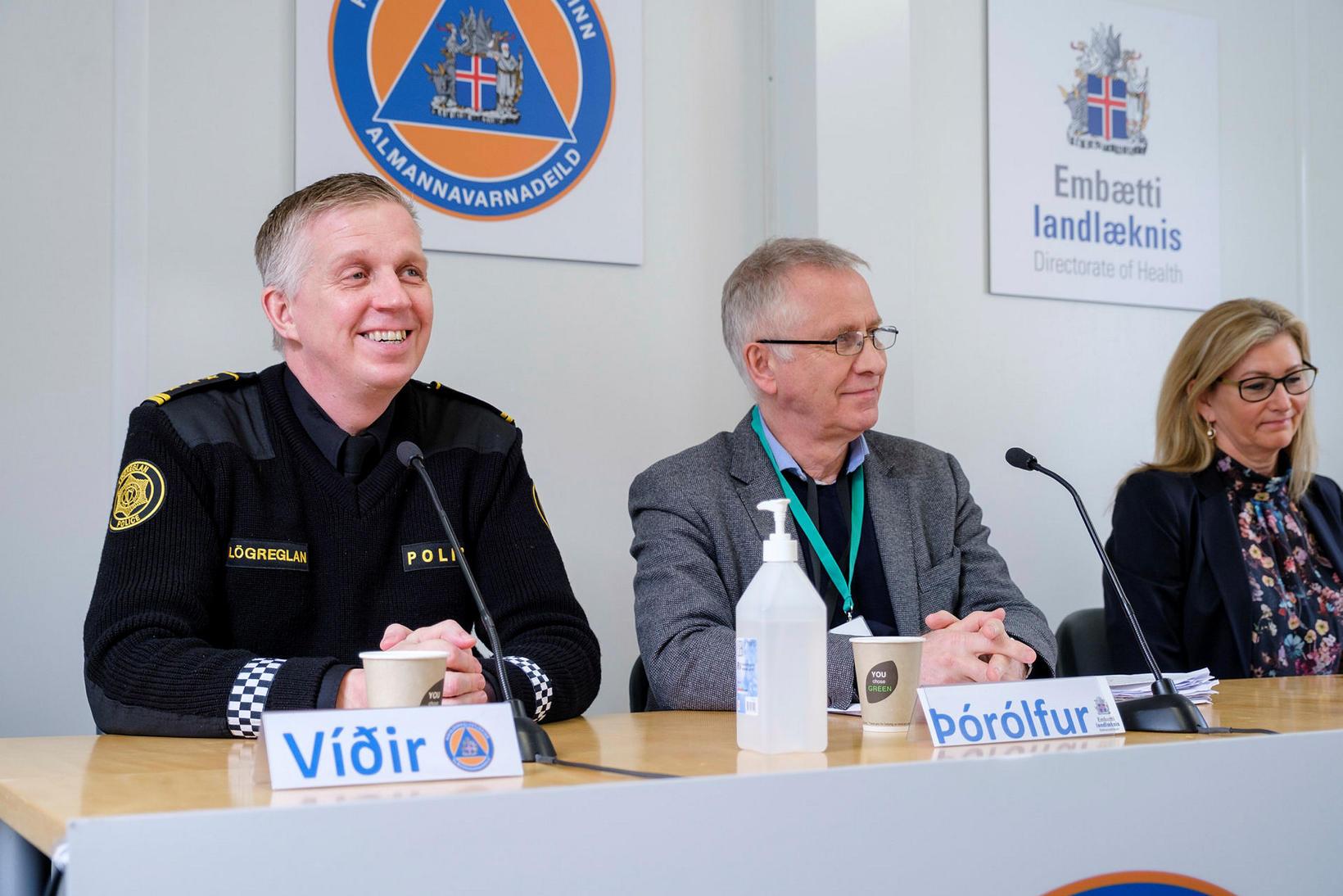 Víðir Reynisson, Þórólfur Guðnason og Alma Möller.