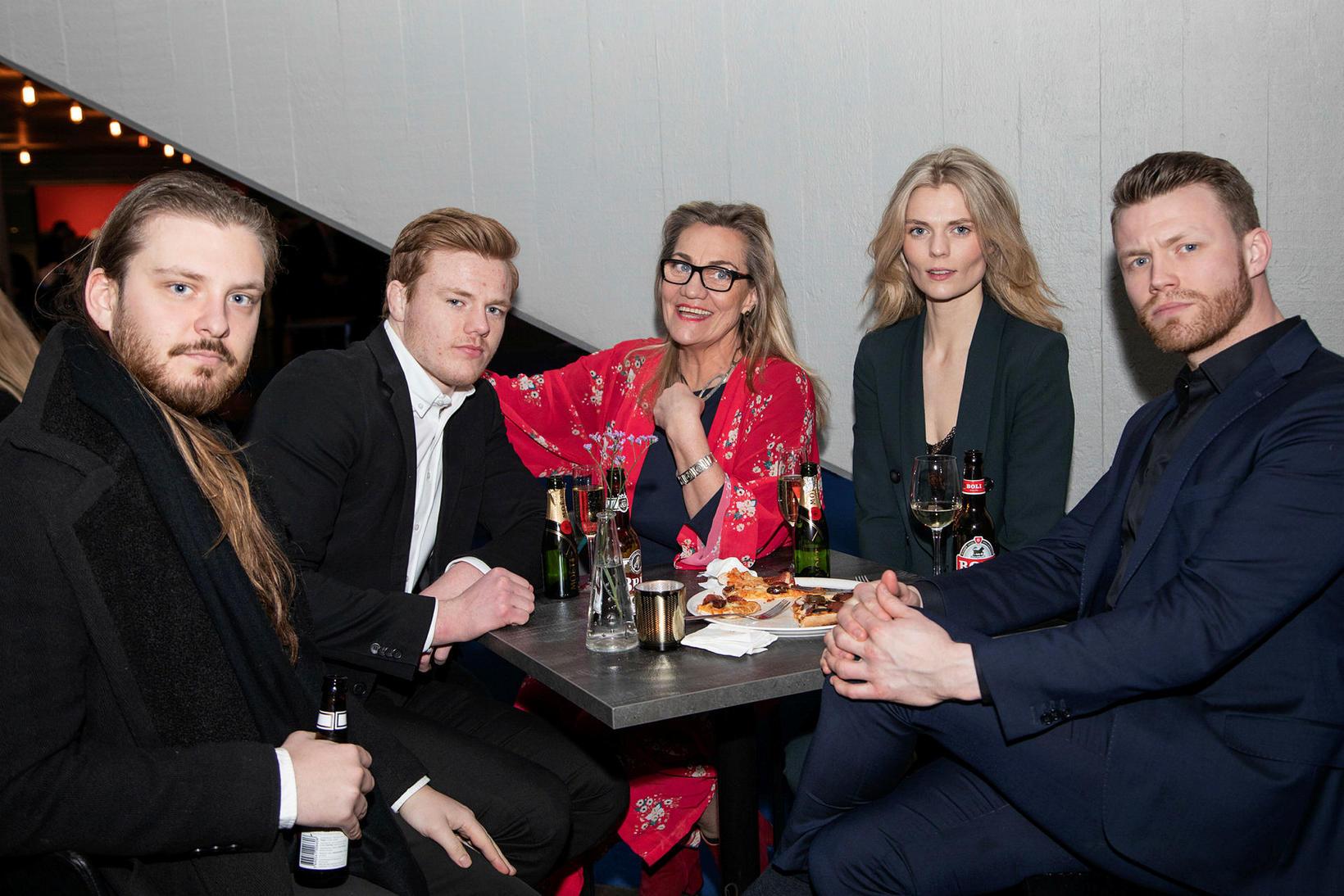 Pétur Jónsson, Kristján Helgi, Magga Pálma, Sigga Soffía og Arnar …