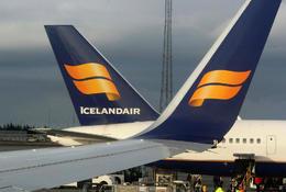 Fyrirhuguð fjárhagsleg endurskipulagning Icelandair stendur nú og fellur með því að flugfélagið nái að semja við Flugfreyjufélag Íslands fyrir hluthafafund sem fer fram 22. maí.