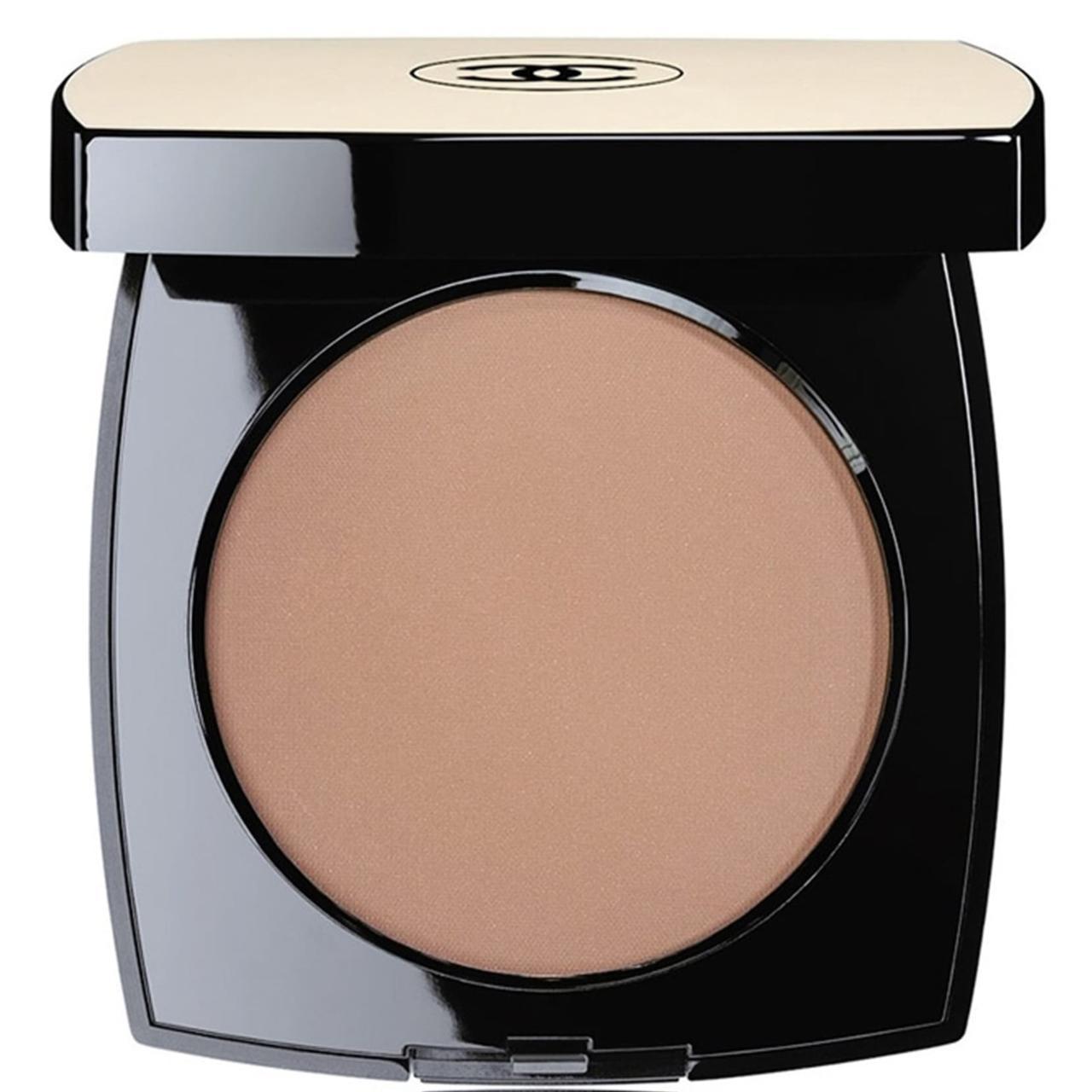Chanel Les Beiges Healthy Glow Sheer Powder (50).