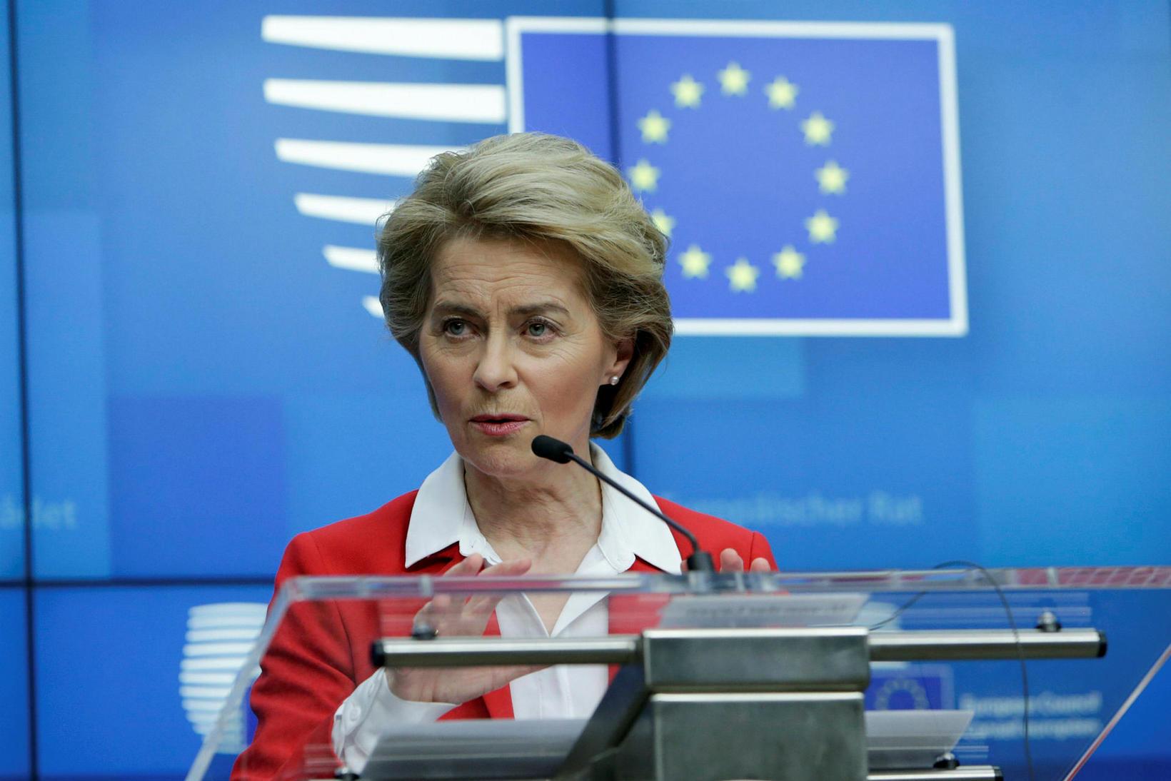 Ursula Von der Leyen á blaðamannafundi.