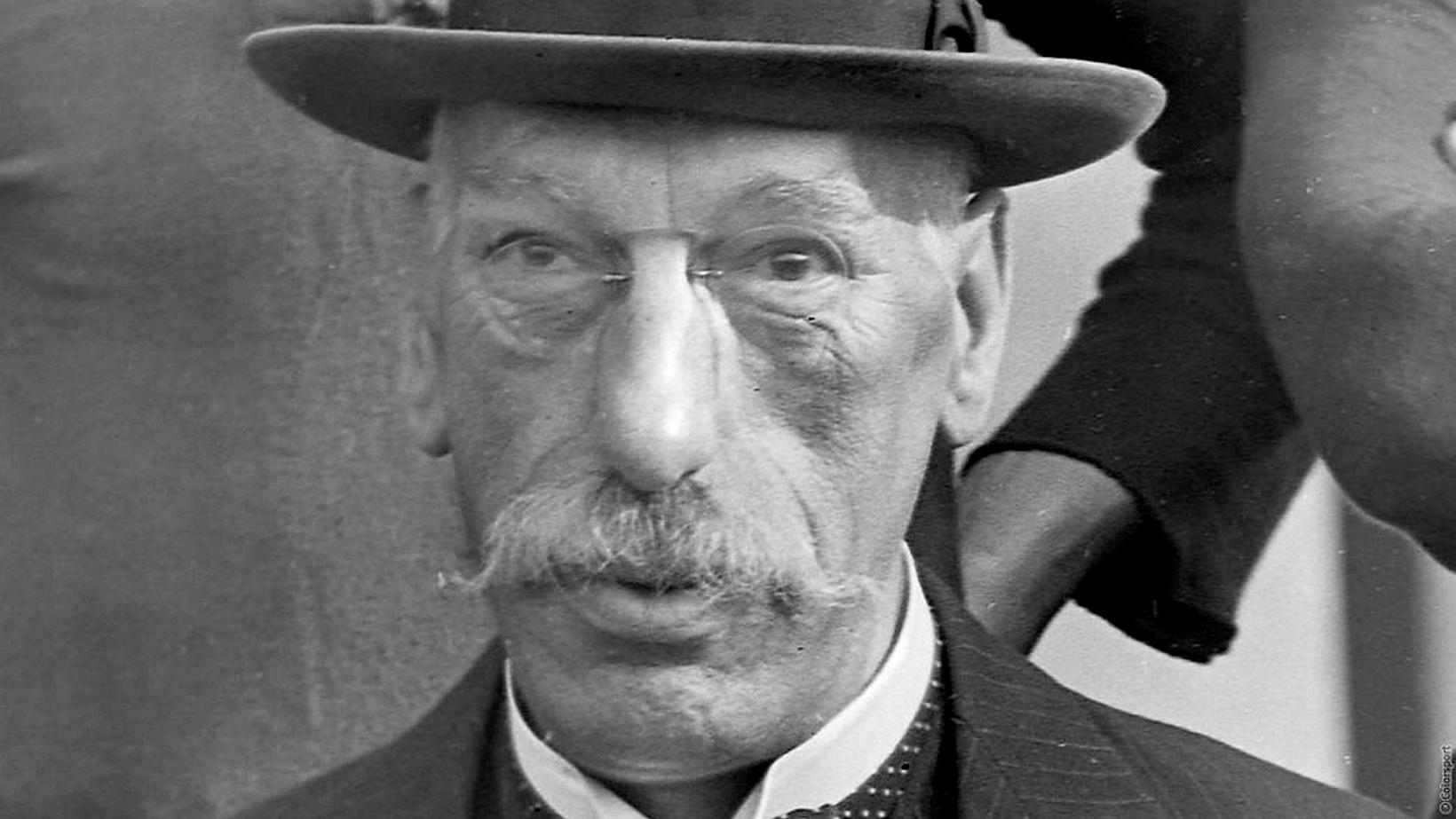 Henry gamli Norris var með ráð undir rifi hverju,