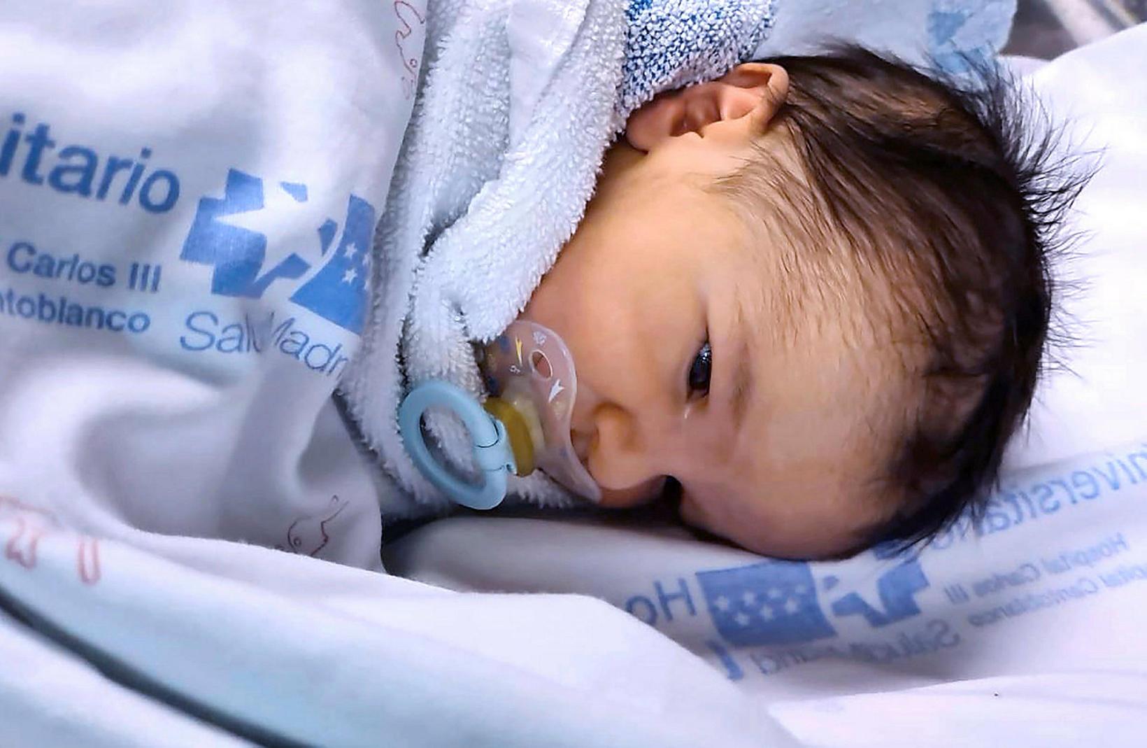 Oliver Carrillo fæddist í Madrid 13.mars.