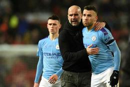 Englandsmeistarar Manchester Cityþurfa að taka á sig launalækkun.