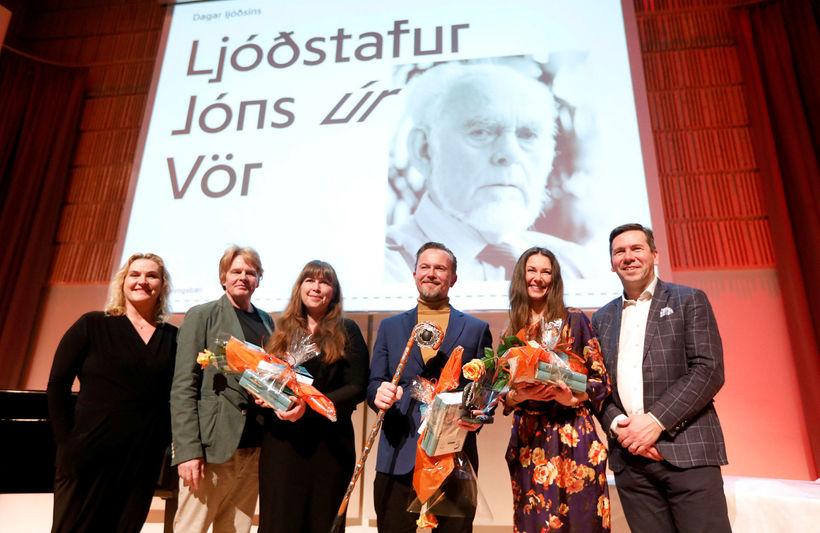 Ljóðstafur Jóns úr Vör var afhentur í Salnum í Kópavogi ...