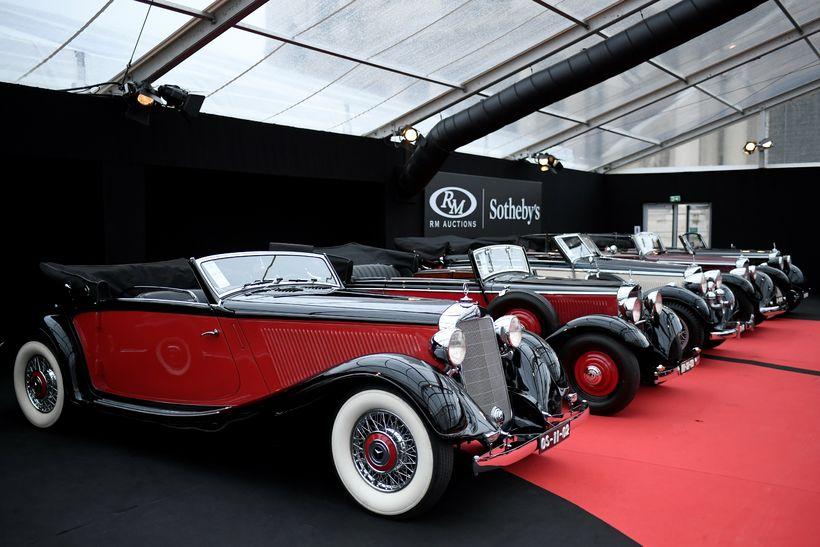Mercedes-Benz 290 Cabriolet A frá 1937. Hann verður seldur á ...