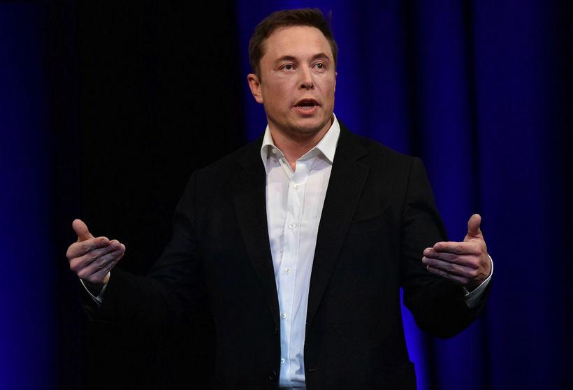 Elon Musk, stofnandi og forstjóri SpaceX, var í skýjunum með ...