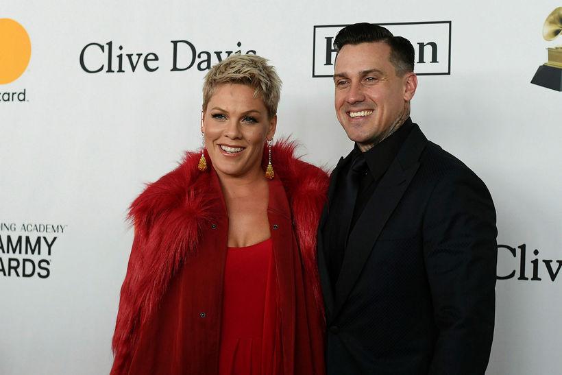 Pink og Carey Hart.