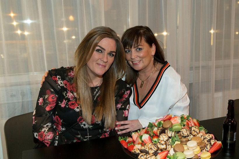 Steinunn Halldórsdóttir og Linda Hilmarsdóttir.