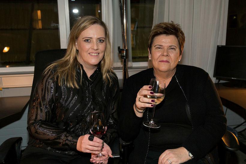 Ásta Þórarinsdóttir og Elín Birgisdóttir.