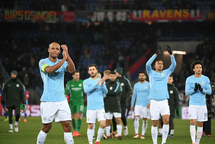 Leikmenn Manchester City fagna frábærum sigri gegn Basel í kvöld.