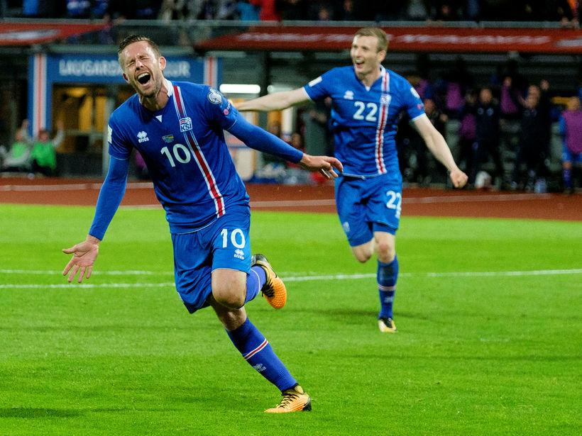 Gylfi Þór Sigurðsson er frábær fyrirmynd segir Guðni Bergsson.