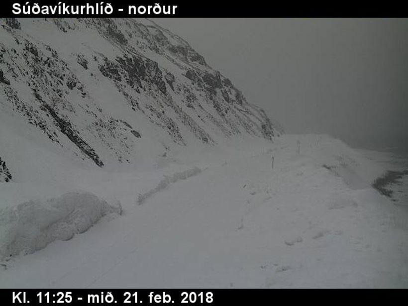 Súðavíkurhlíð nú á tólfta tímanum.