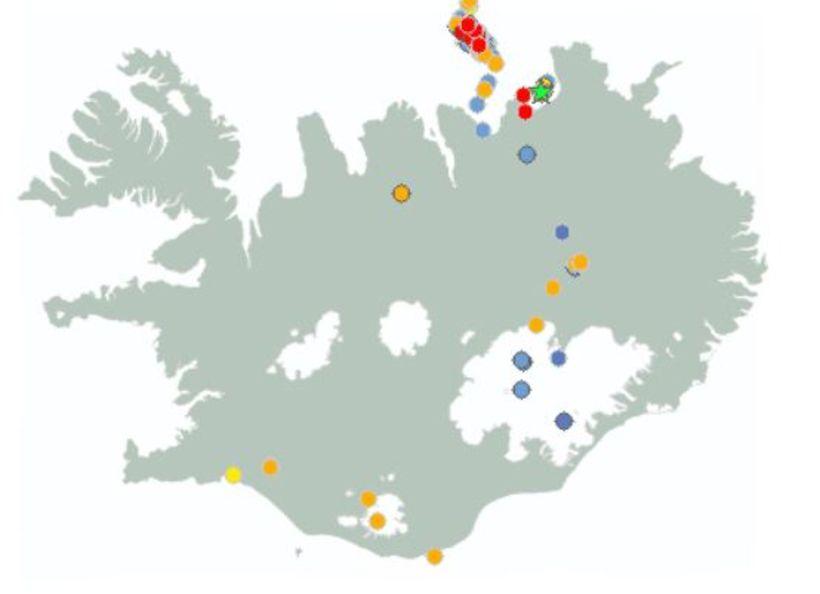 Skjálftinn fannst í Skíðadal, nærri Dalvík, í um 90 km ...