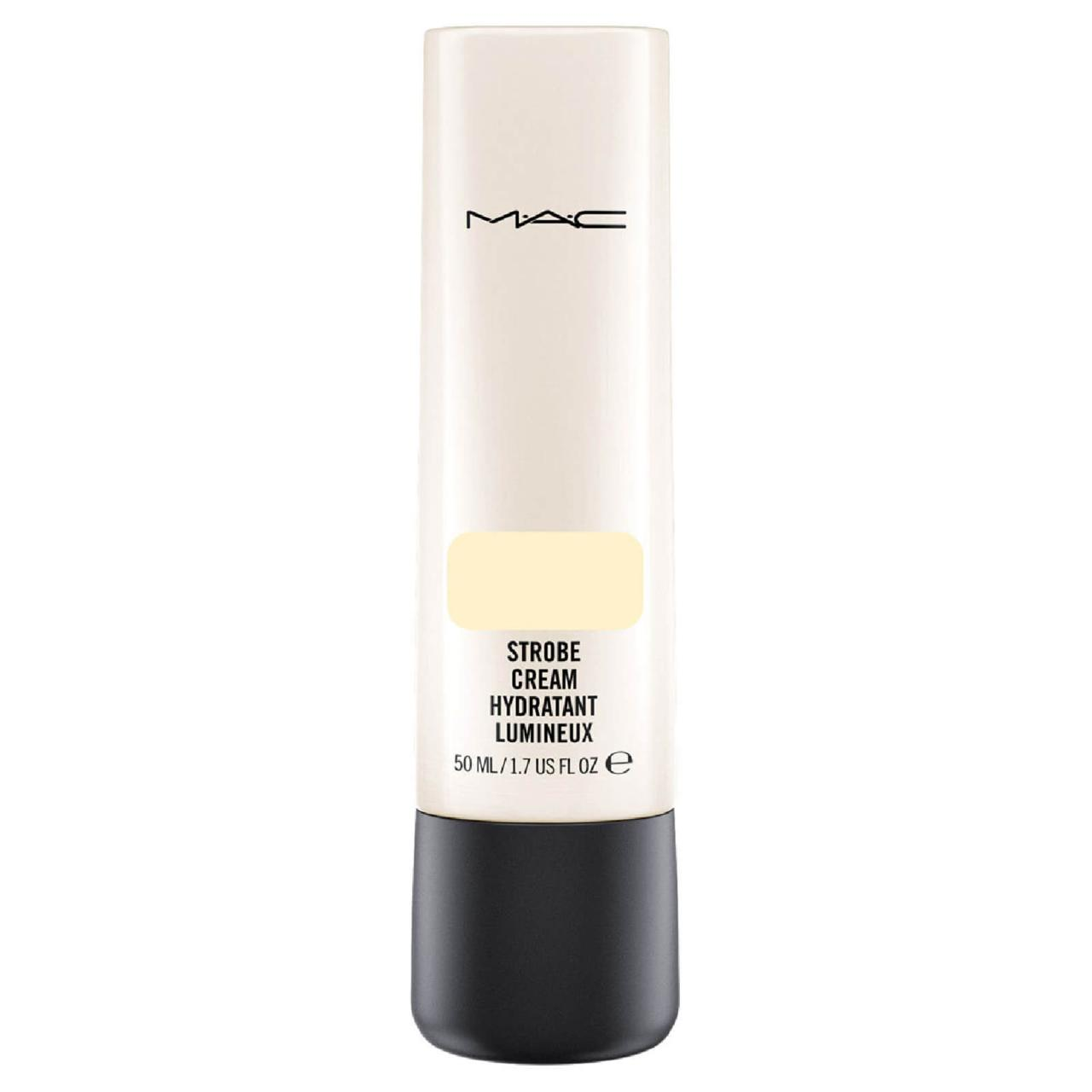 MAC Strobe Cream í litnum Goldlite, 6.690 kr.