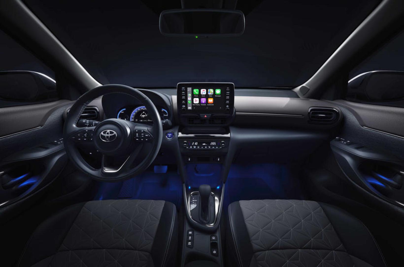 Tvinnbíllinn Toyota Yaris Cross.