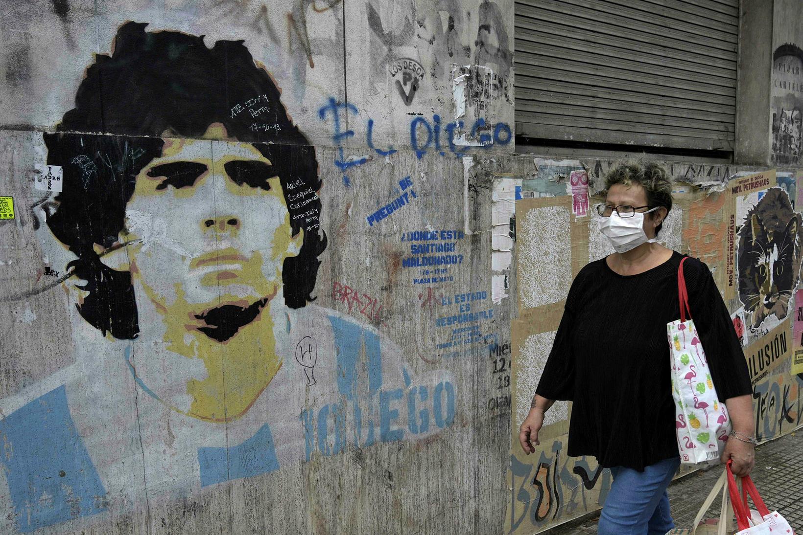 Diego Maradona er dáður og dýrkaður í Argentínu og Napólí.