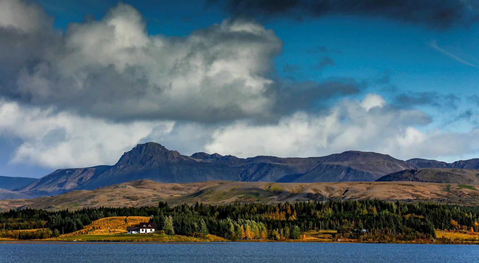 Fyrirtækið dregur saman seglin eins og önnur ferðaþjónustufyrirtæki.