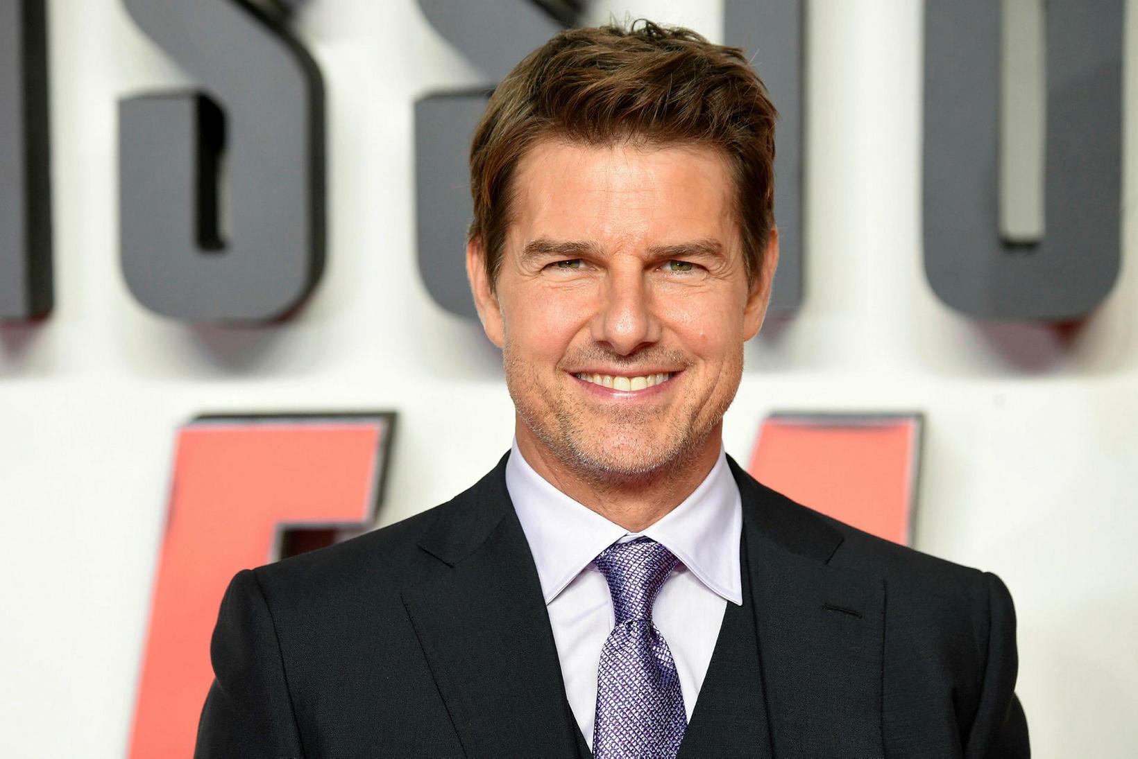 Tom Cruise er sagður yfirþyrmandi.