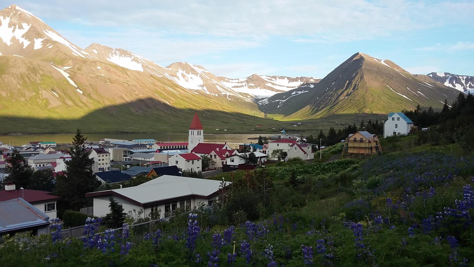 Sumarkvöld á Siglufirði.