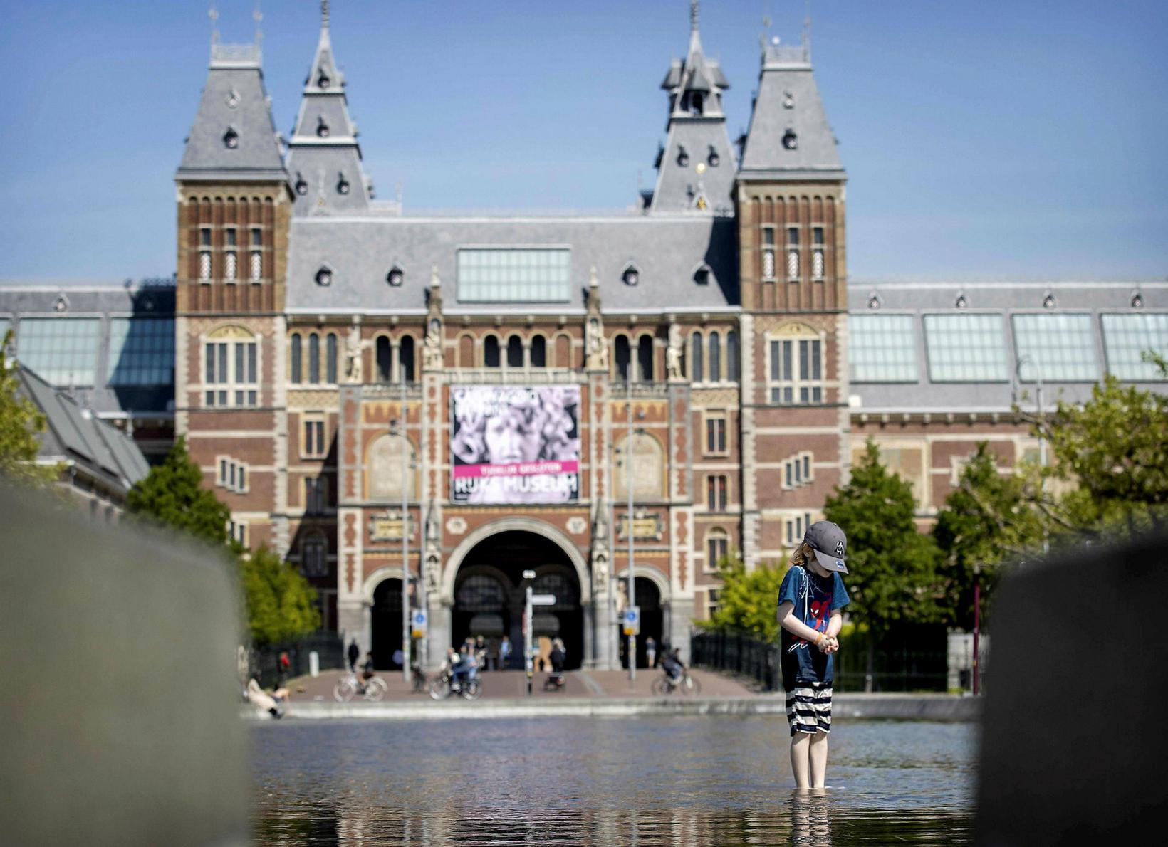 Museumplein í Amsterdam.