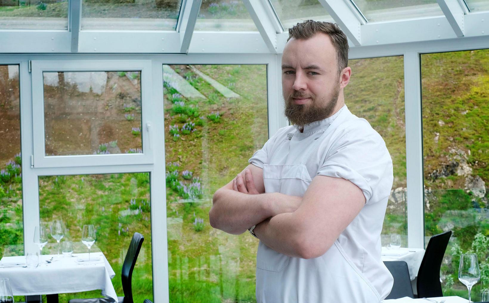 Jón Aron Sigmundsson er aftur kominn á heimaslóðir. Hann leitar …