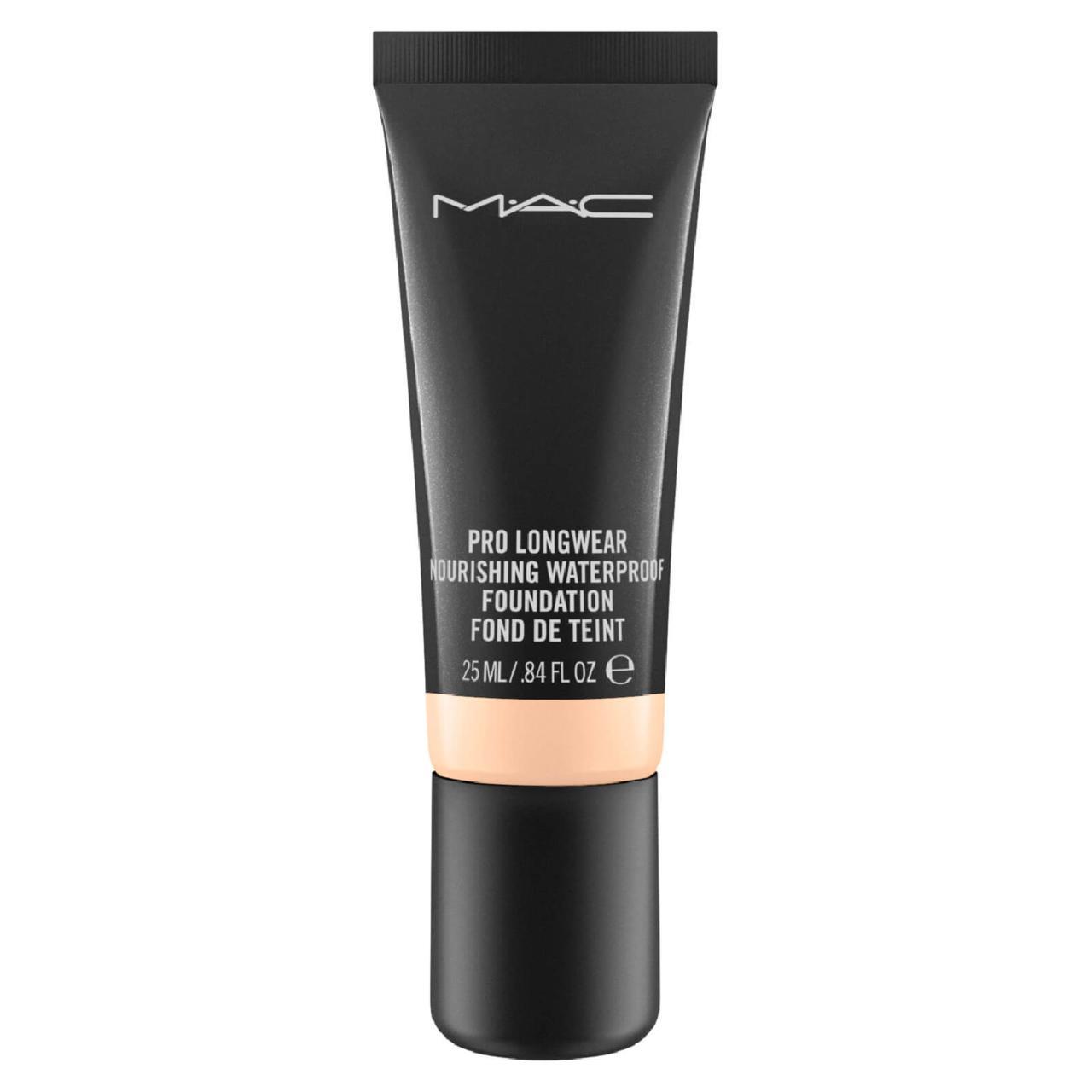 MAC Pro Longwear Nourishing Waterproof Foundation, 6.290 kr.