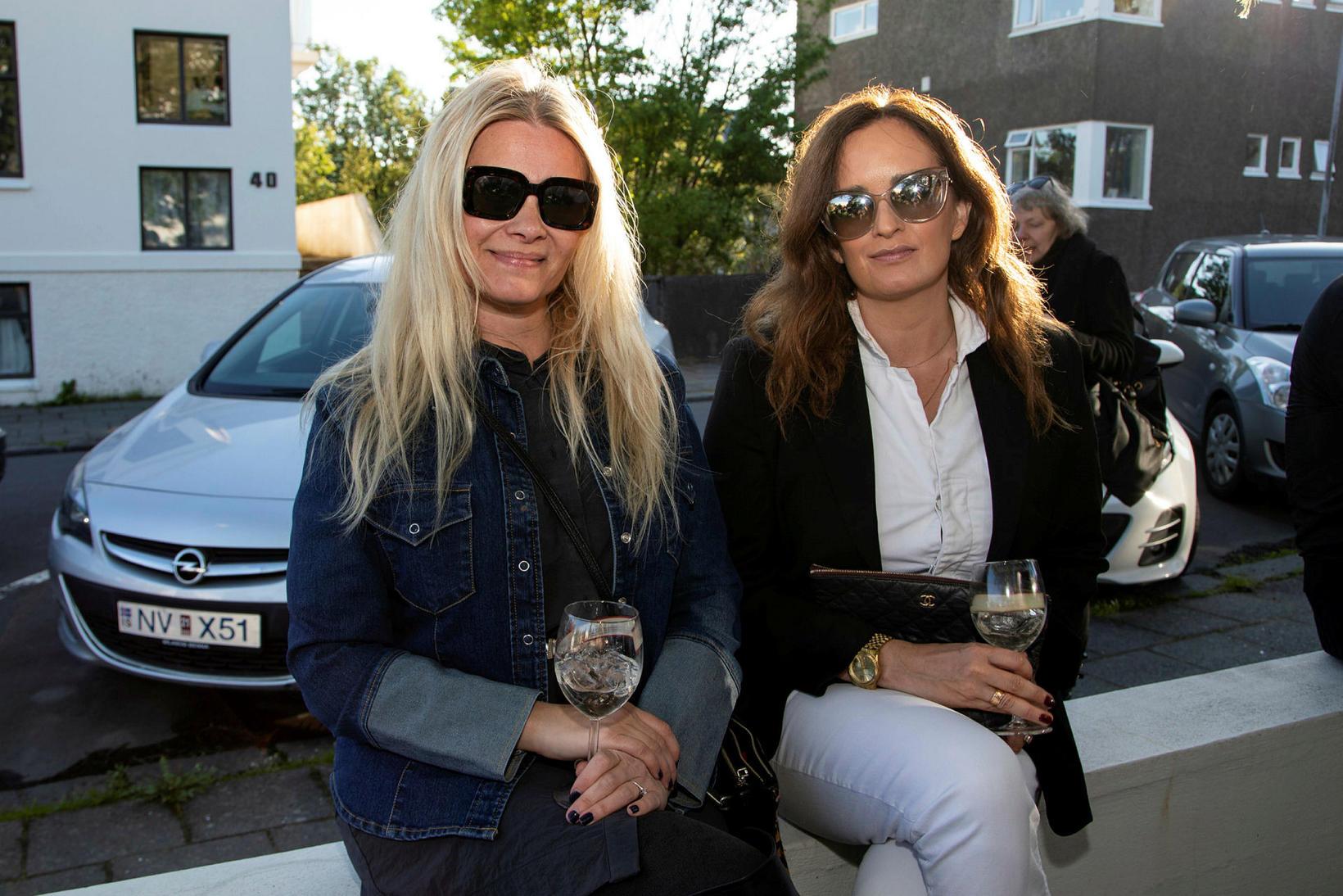 Nína Björk Gunnarsdóttir og Gunnhildur Guðnadóttir.