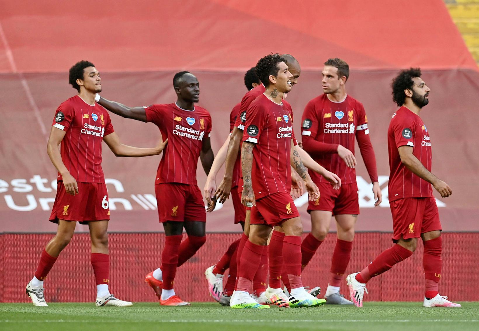 Liverpool er Englandsmeistari í fyrsta sinn síðan 1990.