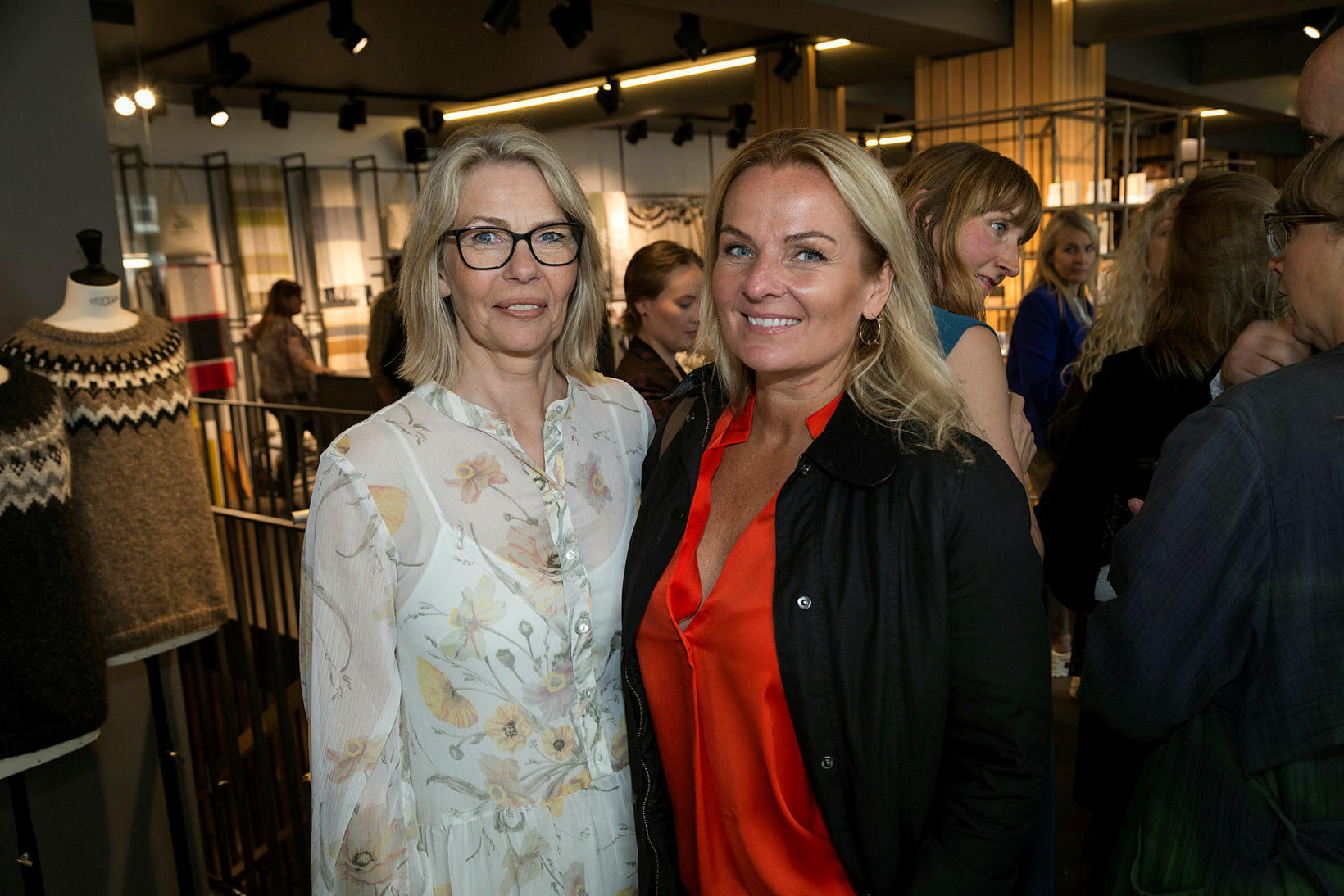 Ólöf Sveinsdóttir og Sigga Heimis.