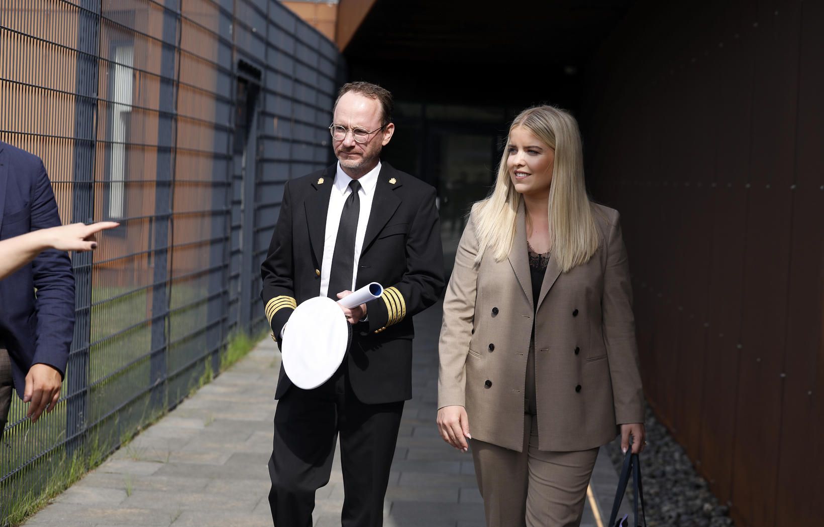 Áslaug Arna Sigurbjörnsdóttir dómsmálaráðherra og Páll Winkel fangelsismálastjóri að loknum …