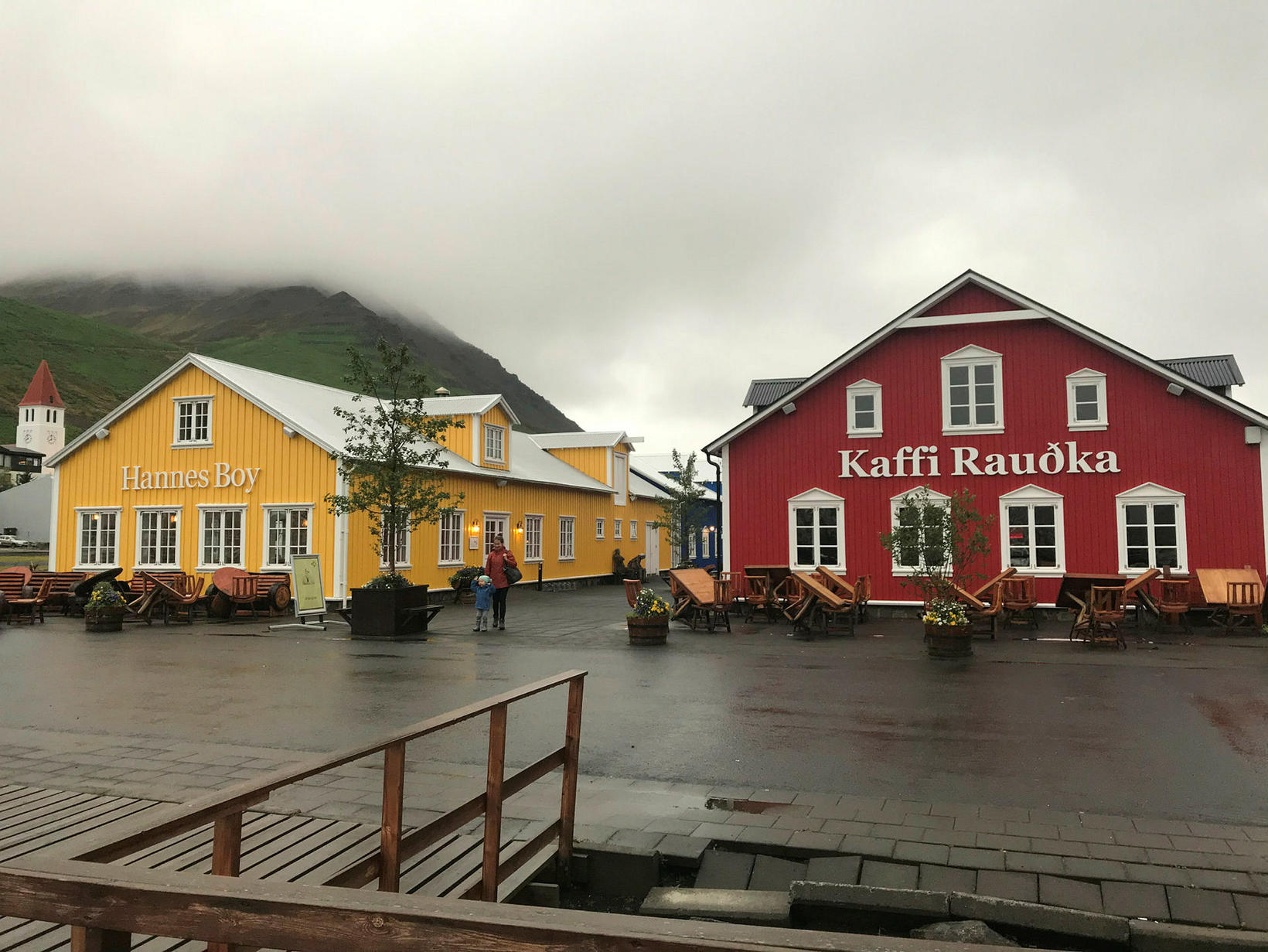 The restaurants Hannes Boy and Rauðka.
