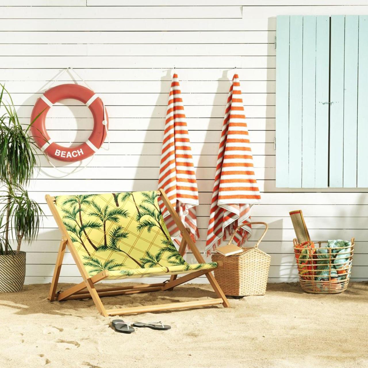 Solblektstrand strandhandklæðin fást í Ikea.