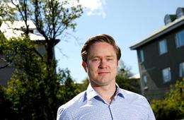 Jóhannes Þorsteinsson tók nýverið við sem yfirmaður fjárstýringar fjarskiptafyrirtækisins T-Mobile í Bandaríkjunum.