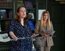 Minister of Health Svandís Svavarsdóttir, left, at the press conference. Justice Minister Áslaug Arna Sigurbjörnsdóttir is on the right.