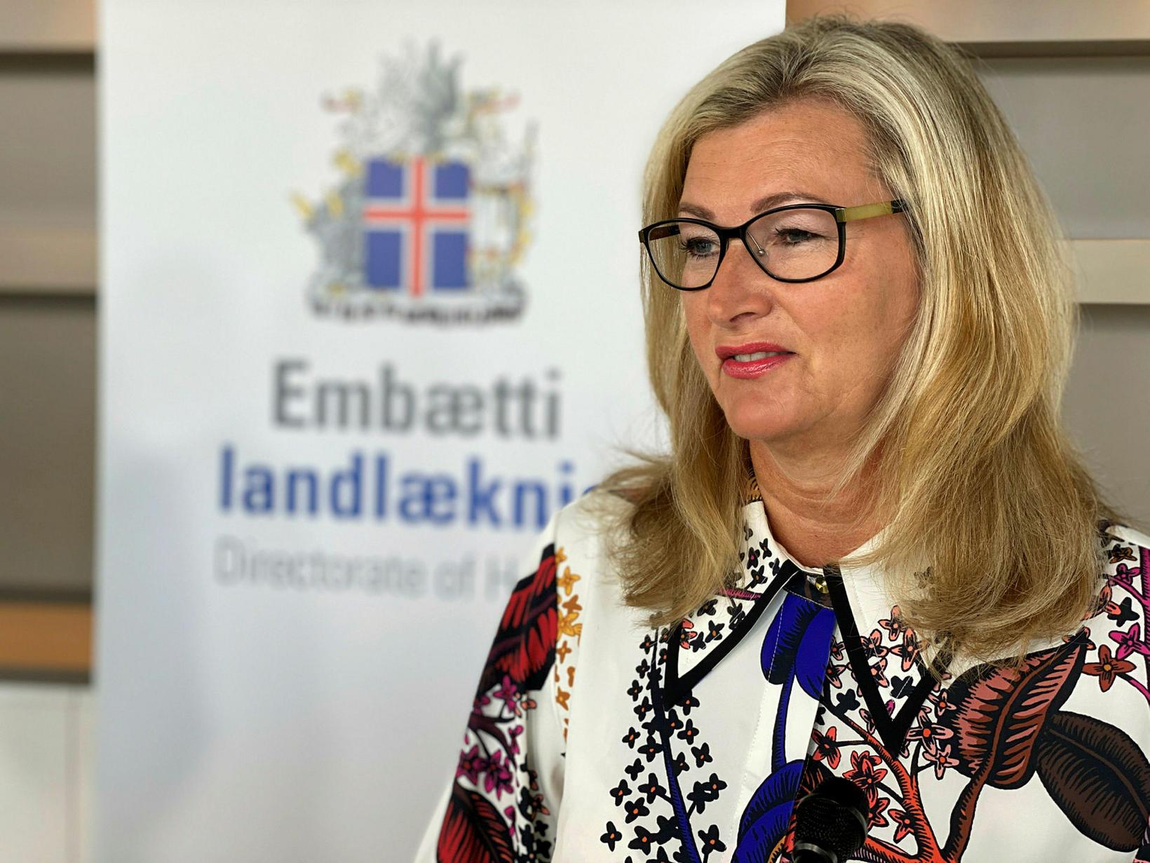 Alma D. Möller á upplýsingafundi almannavarna í dag.