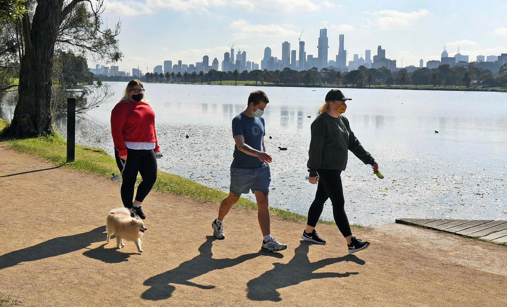 Íbúar í Melbourne mega fara út að hreyfa sig daglega …