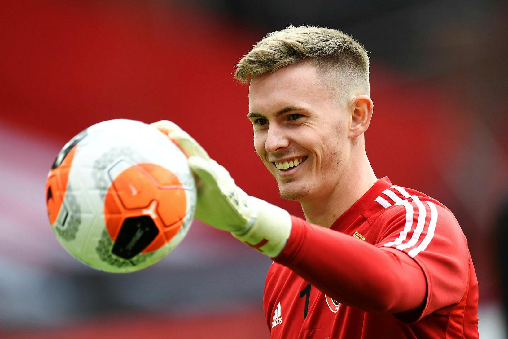Markvörðurinn efnilegi Dean Henderson er kominn til Manchester United á …