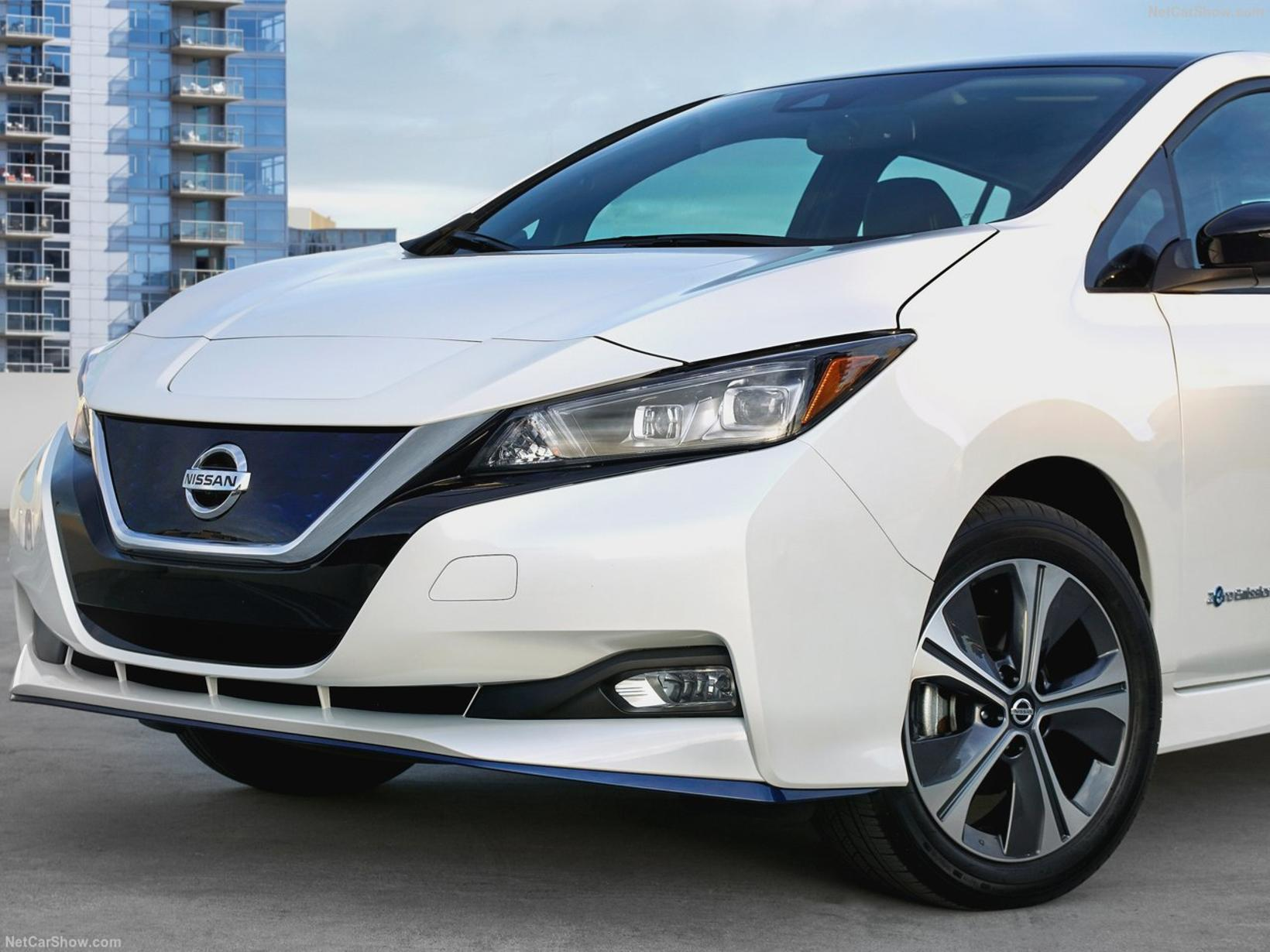 Nissan Leaf selst best rafbíla í Bretlandi.