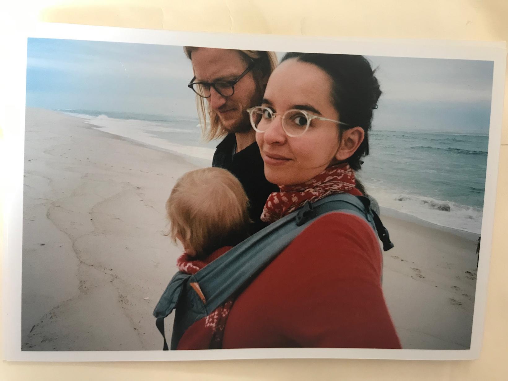 Sverrir, Cerise og barn þeirra.