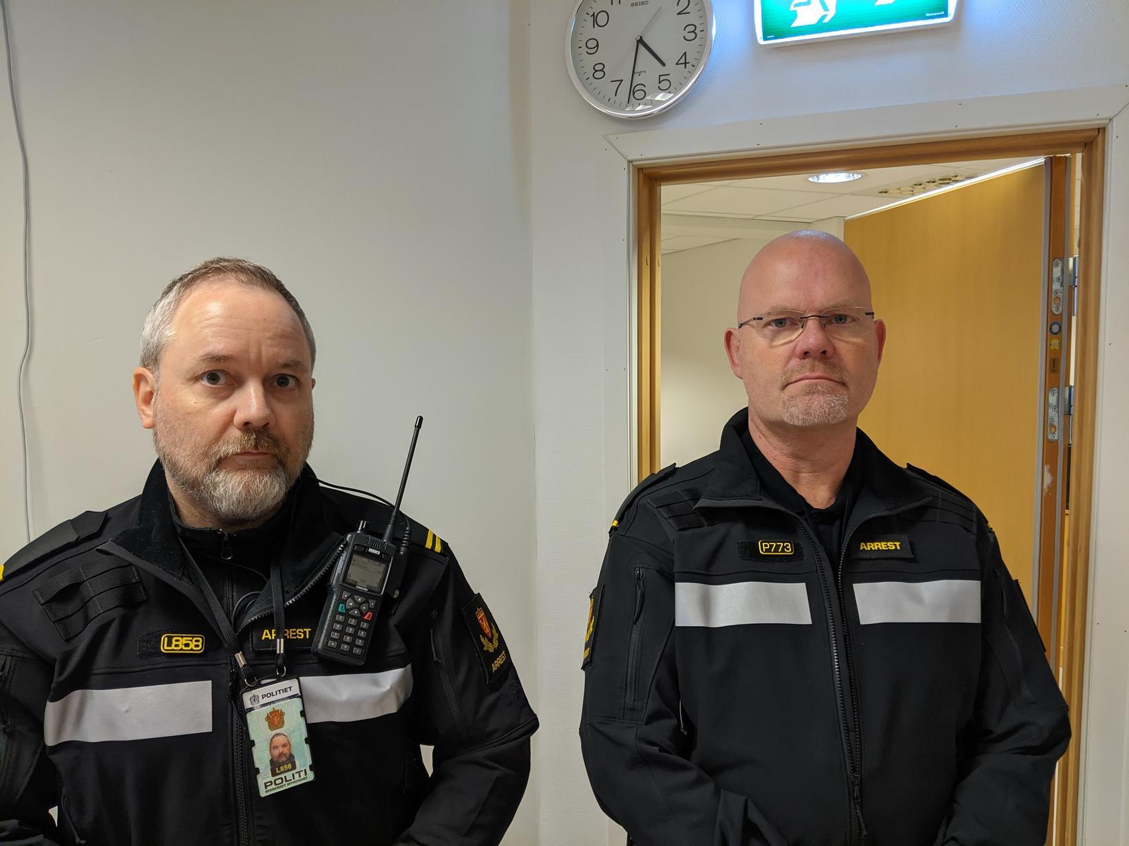 Jarleif Sørensen og Tommy Esbensen lögreglumenn hafa verið daglegir gestir …