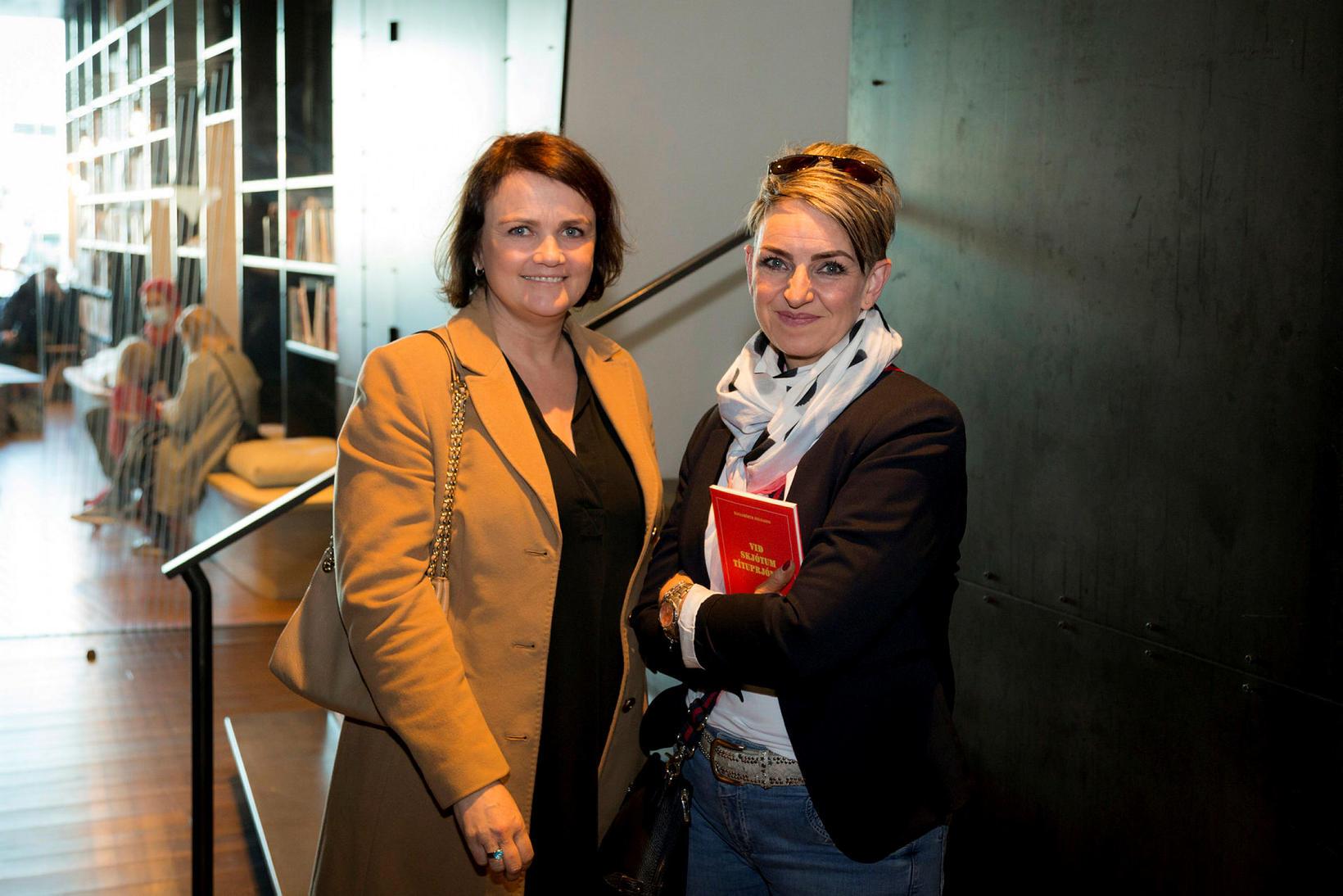 Ragnhildur Reynisdóttir og Helga Sigrún Harðardóttir.