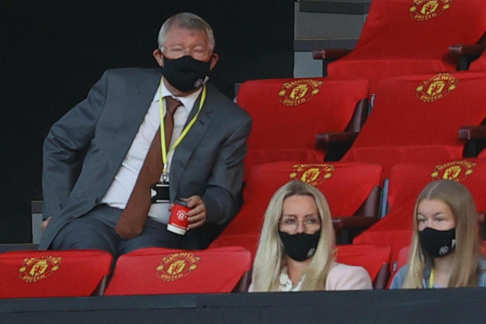Alex Ferguson fylgist grannt með Manchester United.