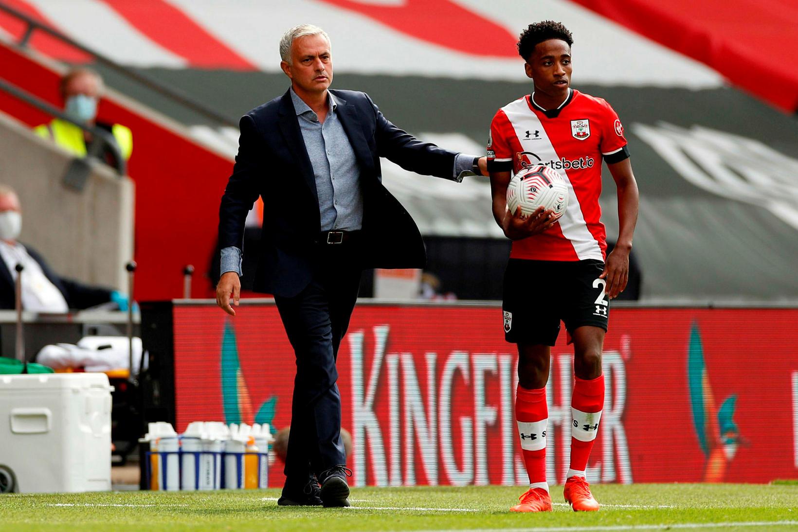 Varnarmaðurinn Kyle Walker-Peters er kominn til Southampton frá Tottenham.