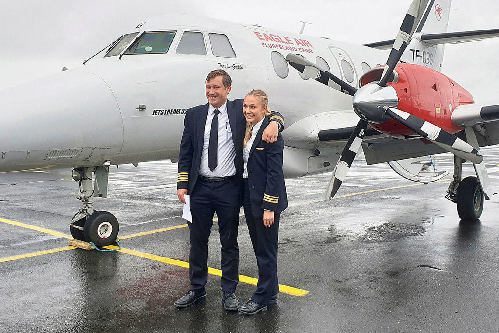 Sigurður Egill Sigurðsson flugstjóri og Birna Borg Gunnarsdóttir flugmaður.